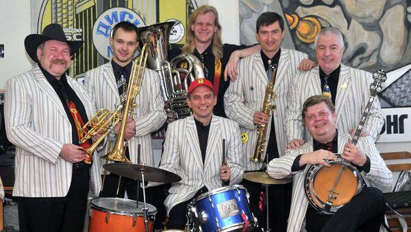 Джаз-оркестр Новосибирской филармонии Сибирский диксиленд, архивное фото