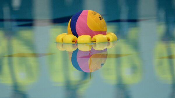 Мяч для водного поло. Архивное фото
