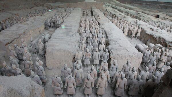 Терракотовые воины в мавзолее императора Цинь Шихуанди