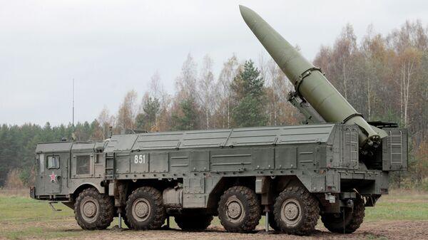 Высокоточный ракетный комплекс Искандер. Архивное фото