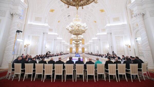 Заседание Государственного совета РФ, архивное фото