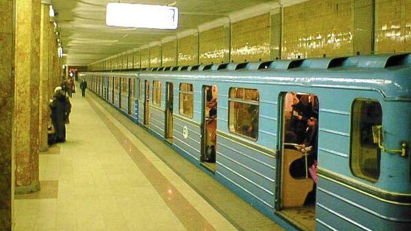 Станция Красносельская Московского метрополитена, архивное фото