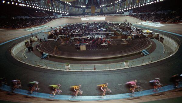 Велогонка на треке, архивное фото