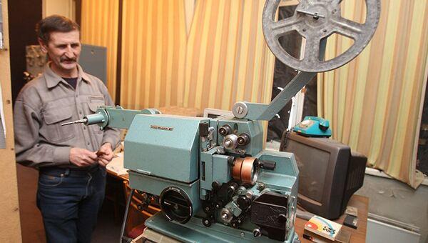 Кинопроектор в Западно-Сибирской киностудии в Новосибирске, событийное фото