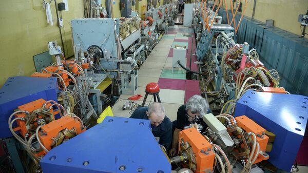 Коллайдеры в институте ядерной физики в Новосибирске. Архивное фото