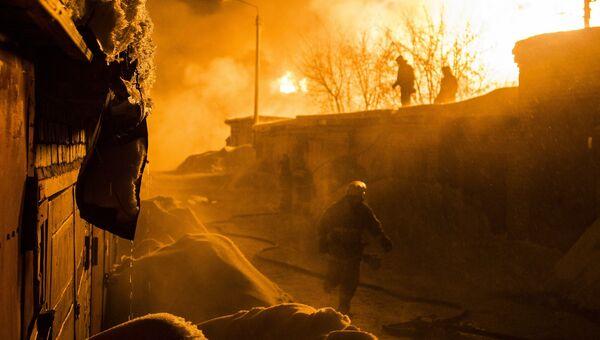 Цистерны с конденсатом сжиженного газа сошли с рельс в Кировской области, фото с места событий