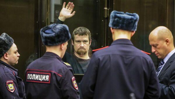 Слушания в суде по существу уголовного дела С.Удальцова и Л.Развозжаева
