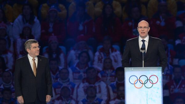 Глава АНО Оргкомитет Сочи 2014 Дмитрий Чернышенко выступает с речью на церемонии закрытия XXII зимних Олимпийских игр в Сочи