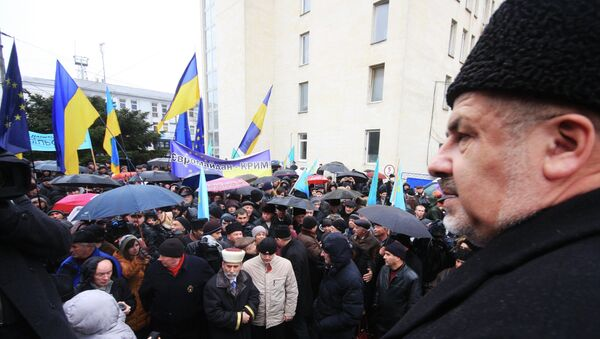 Сторонники евромайдана в Симферополе. Архивное фото