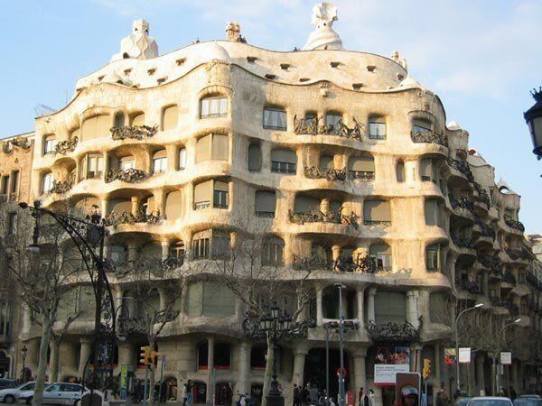 La pedrera Барселона Гауди