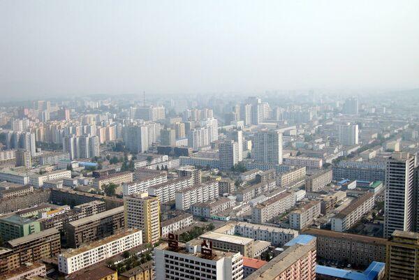 Вид на Пхеньян со смотровой площадки