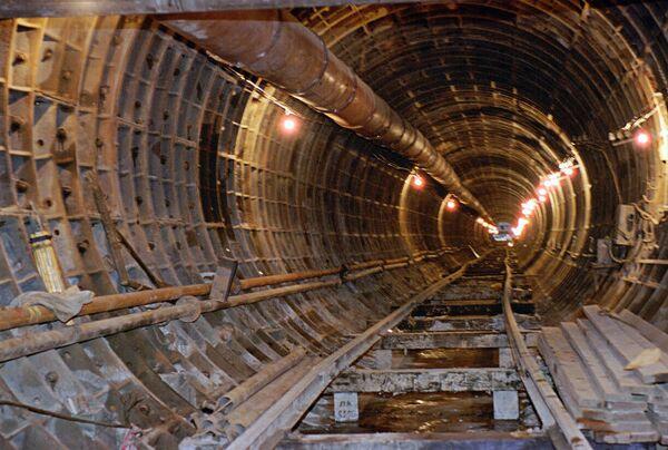 Строительство подземного тоннеля метро