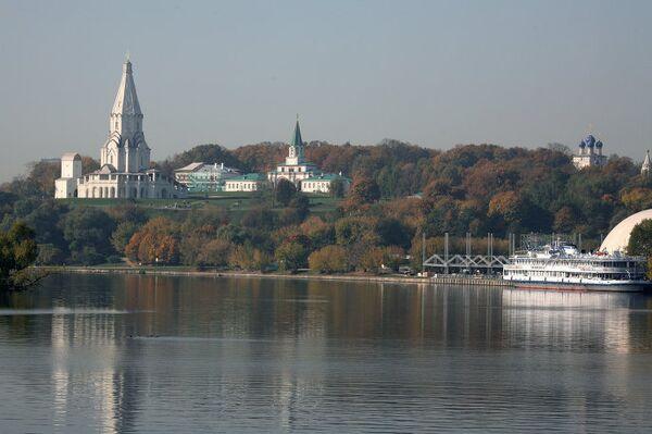 Вид на музей-заповедник Коломенское