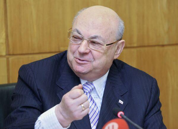 В.Ресин