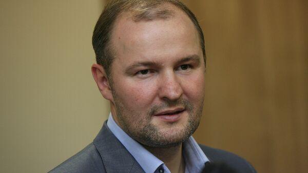 Председатель совета директоров компании Новапорт Роман Троценко во время открытия трехзвездочного отеля Sky Port в международном аэропорту Толмачево
