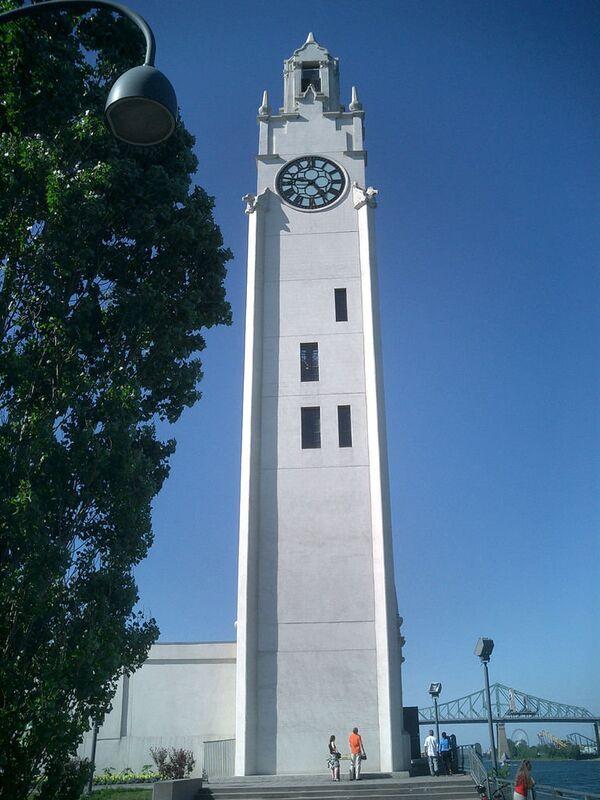 9 самых уникальных башен с часами в мире