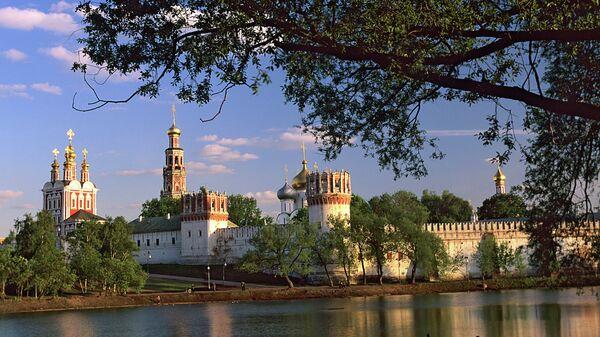 СП проверила реконструкцию инженерных сетей в Новодевичьем монастыре