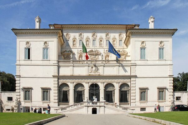 Священные владения: 7 старинных вилл Италии, где жили папы и кардиналы