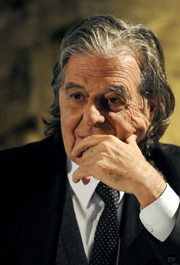 Рикардо Бофил