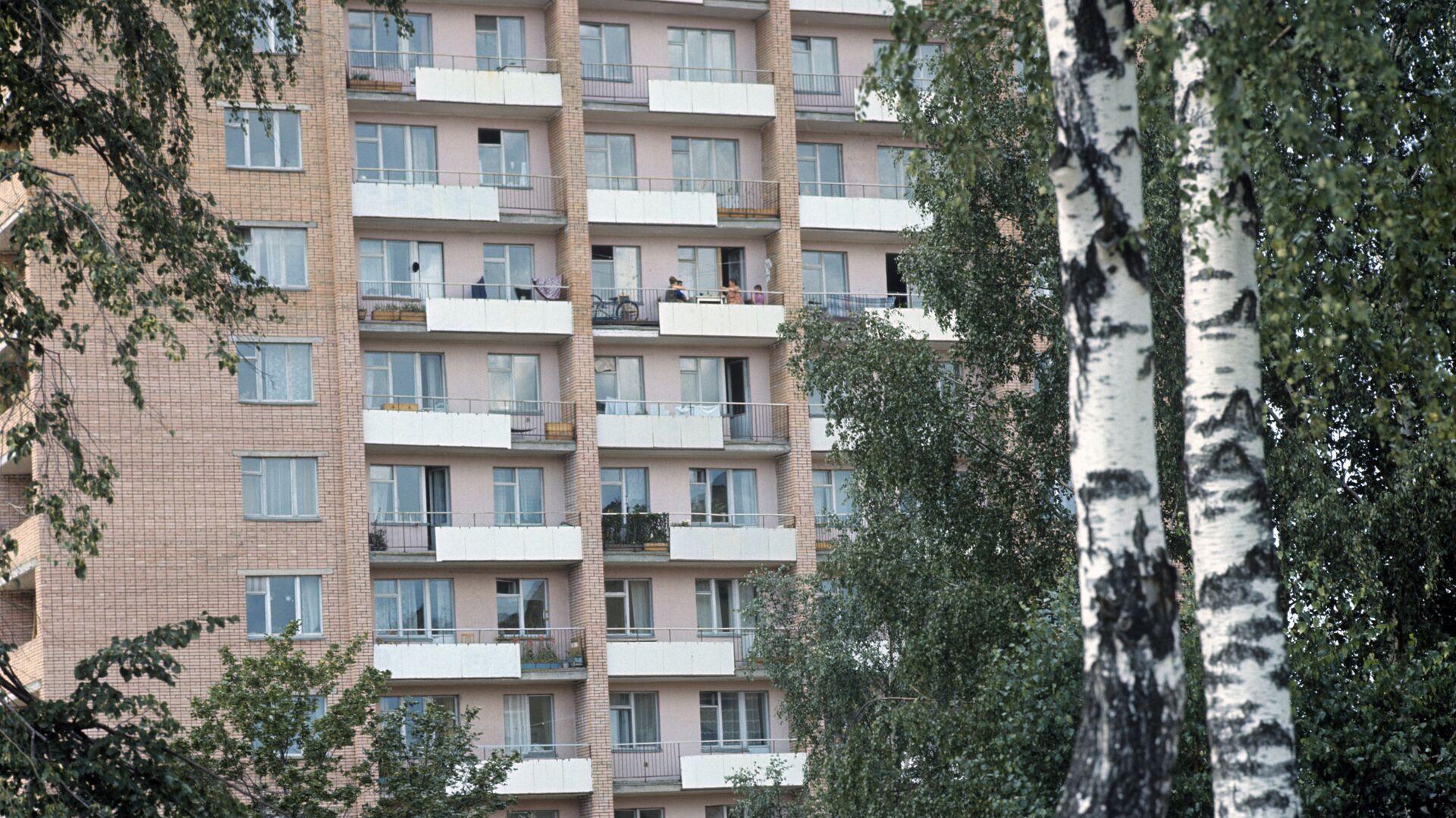 Балконы многоквартирного здания - РИА Новости, 1920, 21.10.2020