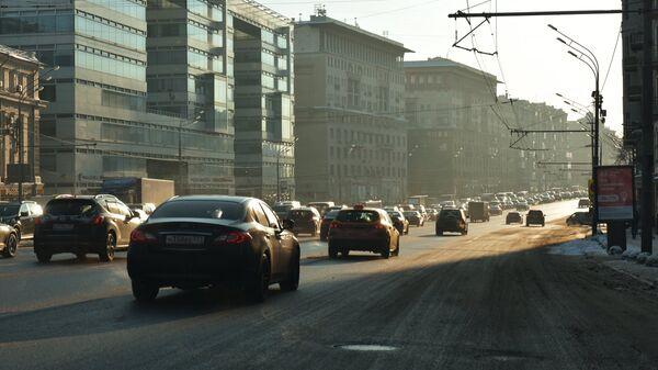 Улица Земляной Вал в Москве