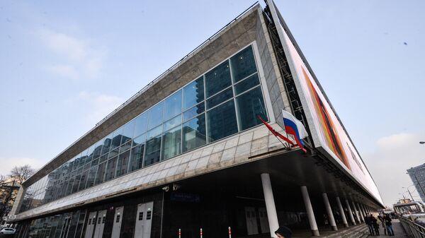 Здание кинотеатра КАРО 11 Октябрь в Москве