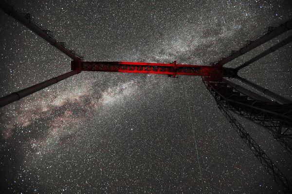 Кран башни телескопа