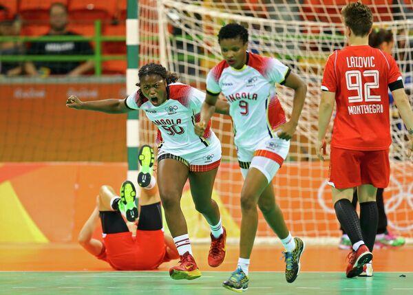 Гандболистки сборной Анголы