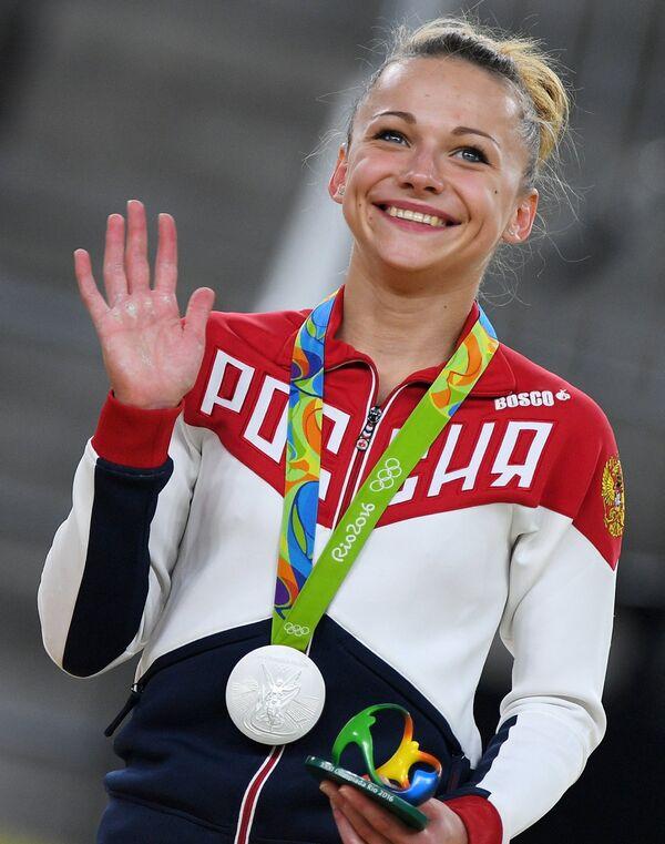 Серебряный призер Олимпийских игр в Рио гимнастка Мария Пасека