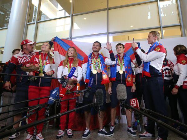 Прилет сборной России по фехтованию из Рио-де-Жанейро