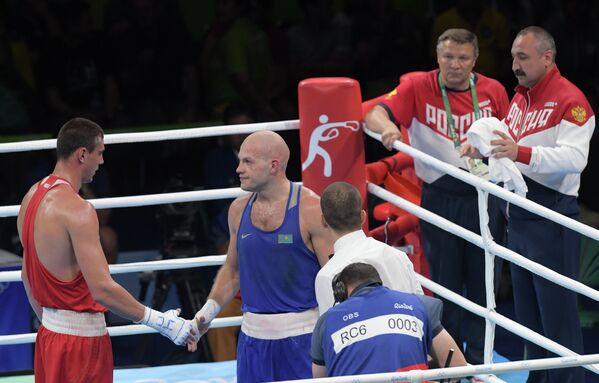 Слева направо: Евгений Тищенко и Василий Левит