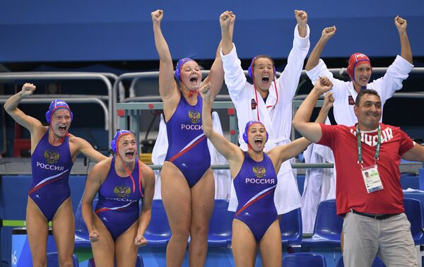 Игроки женской сборной России по водному поло