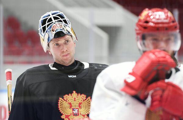 Вратарь сборной России по хоккею Сергей Бобровский