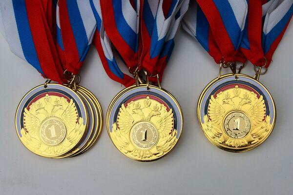 Комплект золотых медалей для победителей всероссийских паралимпийских соревнований
