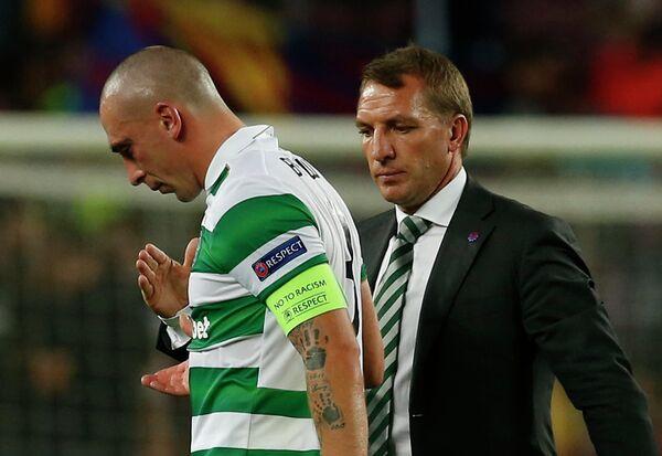 Полузащитник шотландского Селтика Скотт Браун и главный тренер команды Брендан Роджерс (слева направо)
