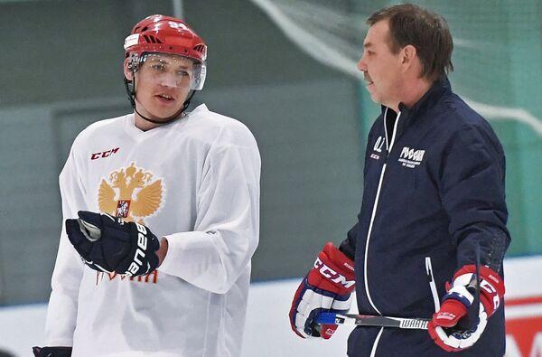Олег Знарок (справа) и Андрей Миронов