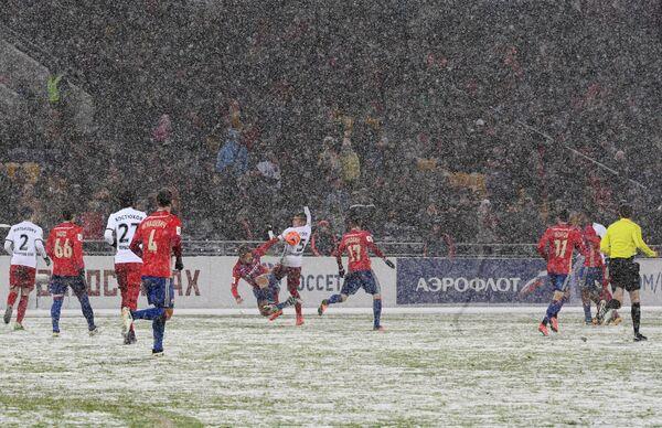 Игровой момент матча 13-го тура РФПЛ ЦСКА - Амкар