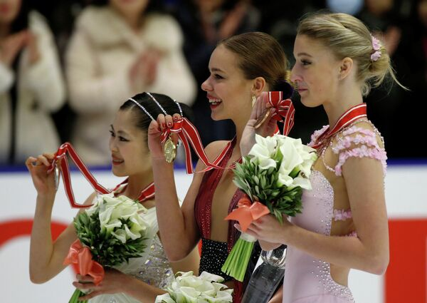 Японка Сатоко Мияхара и россиянки Анна Погорилая и Мария Сотскова (слева направо)