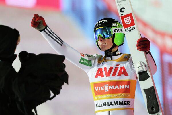 Словенский летающий лыжник Домен Превц