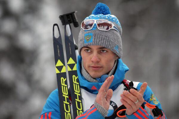 Антон Бабиков