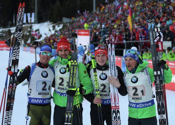 Симон Шемпп, Арнд Пайффер, Бенедикт Долль и Эрик Лессер (слева направо)