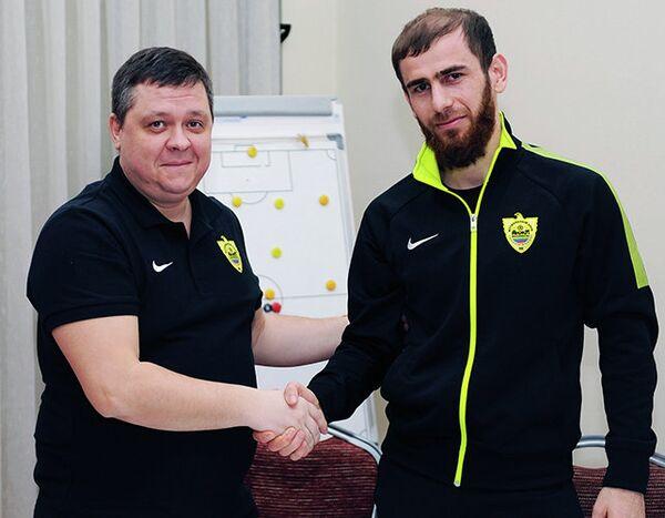 Адлан Кацаев (справа)