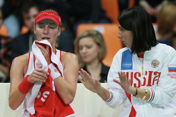 Екатерина Макарова (слева) и Анастасия Мыскина