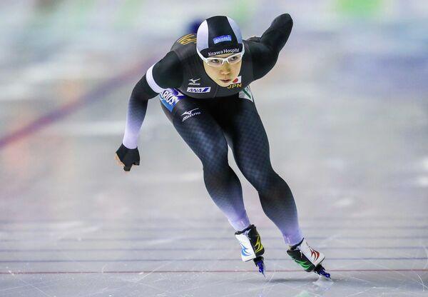 Японская конькобежка Нао Кодайра