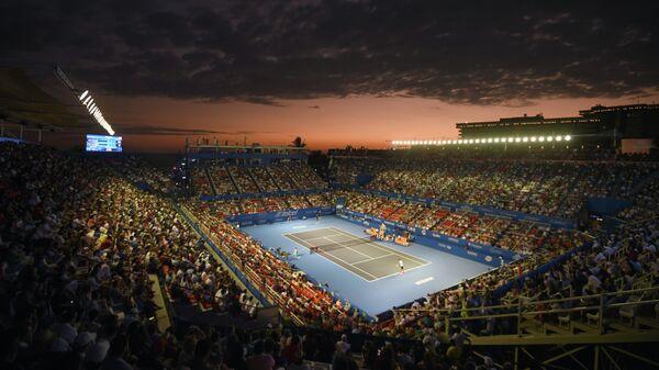 Вид на корт во время матча Рафаэля Надаля и Марина Чилича на турнире в Акапулько