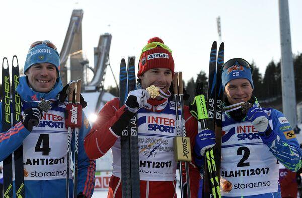 Сергей Устюгов, Алекс Харви и Матти Хейккинен (слева направо)