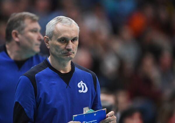 Главный тренер ВК Динамо Юрий Маричев