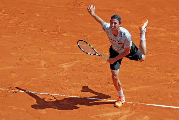 Французский теннисист Адриан Маннарино