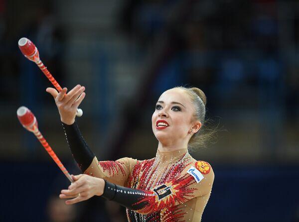 Юлия Бравикова