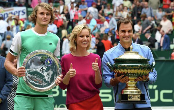 Немецкий теннисист Александр Зверев, чешская топ-модель Ева Герцигова и швейцарский теннисист Роджер Федерер (слева направо)
